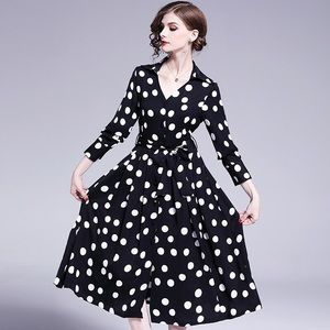 Dresses & Skirts - Blue wide bottom strap waist tight up dots dress